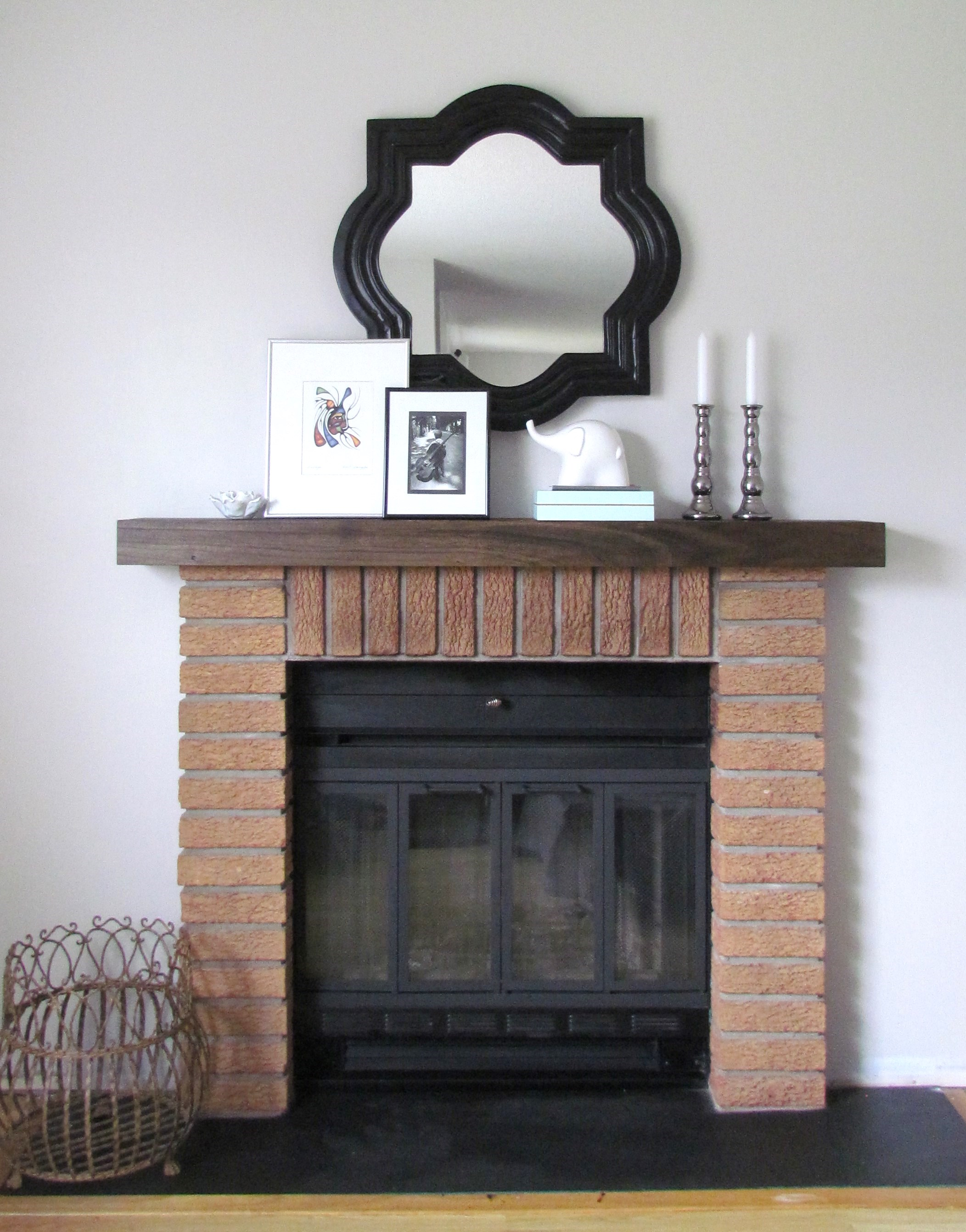 diy mantel shelf hometown loving. Black Bedroom Furniture Sets. Home Design Ideas